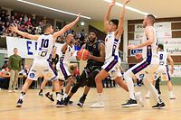 DJ Laster (T71 - 15) / Basketball Total League Herren Luxemburg, Saison 2019-2020, 1. Spieltag Playoff / 08.02.2020 / Basket Esch - T71 Dudelange / Centre Omnisports Henri Schmitz / Foto: Yann Hellers