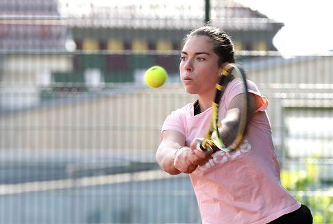 Molinaro unterbricht Tenniskarriere