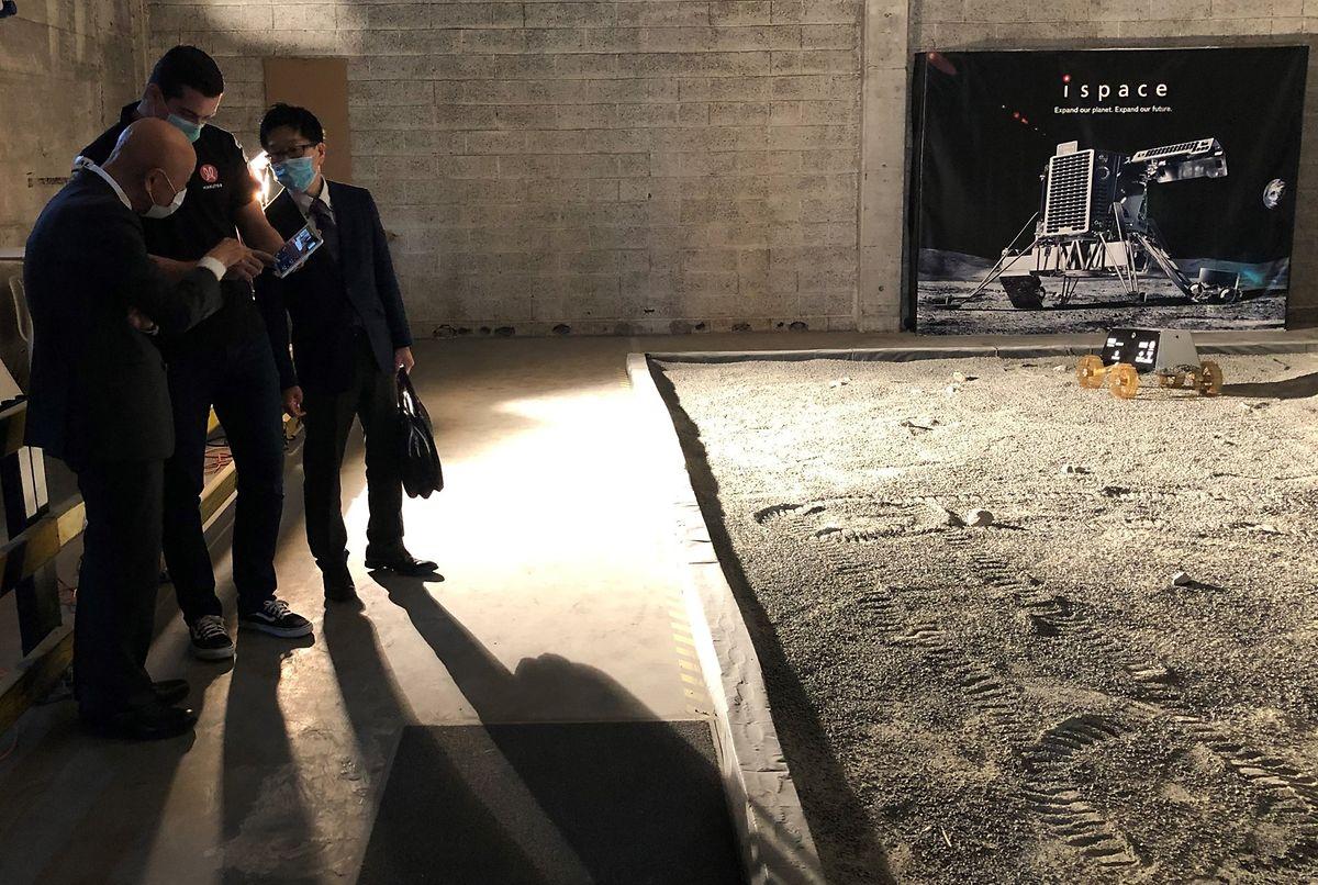 En juillet dernier, l'ambassadeur du Japon au Luxembourg avait eu droit à une démonstration du robot en partance pour la Lune.
