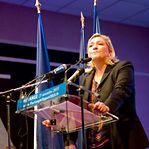 Marine Le Pen anuncia candidatura à presidência de França em 2022