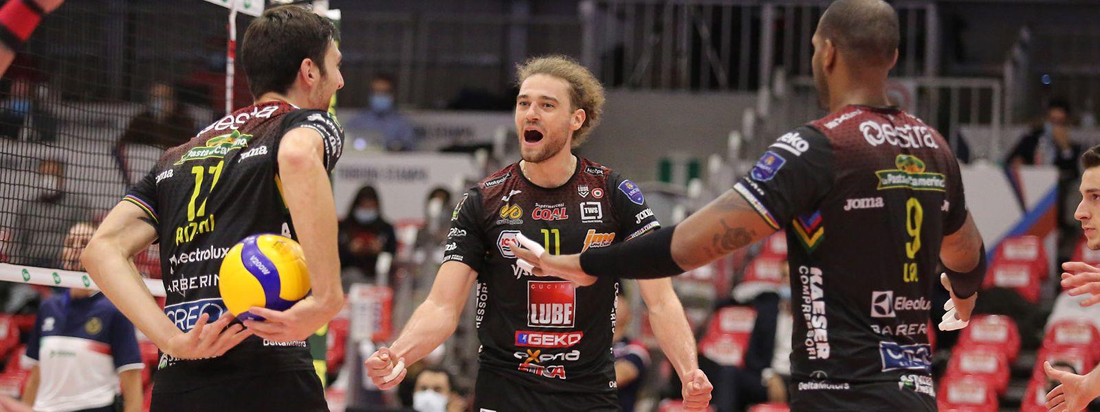 Kamil Rychlicki, Yoandy Leal (r.) und Simone Anzani (l.) bekommen es mit einem starken Ligakonkurrenten zu tun.