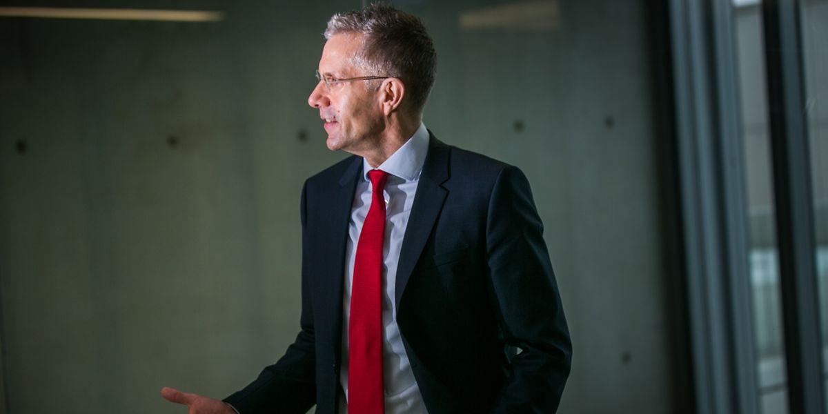 Prof. Friedrich Mühlschlegel strebt Exzellenz an.