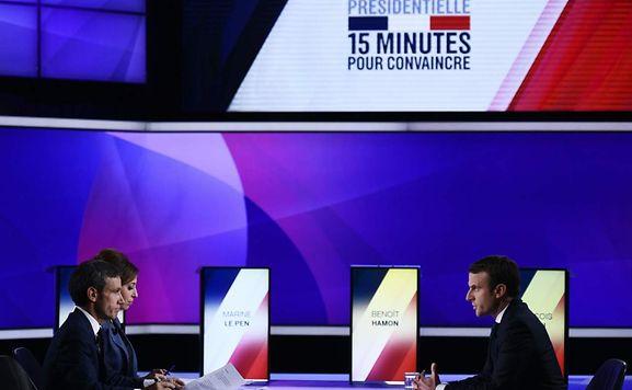 Présidentielle 2017 : Emmanuel Macron et Marine Le Pen au coude-à-coude