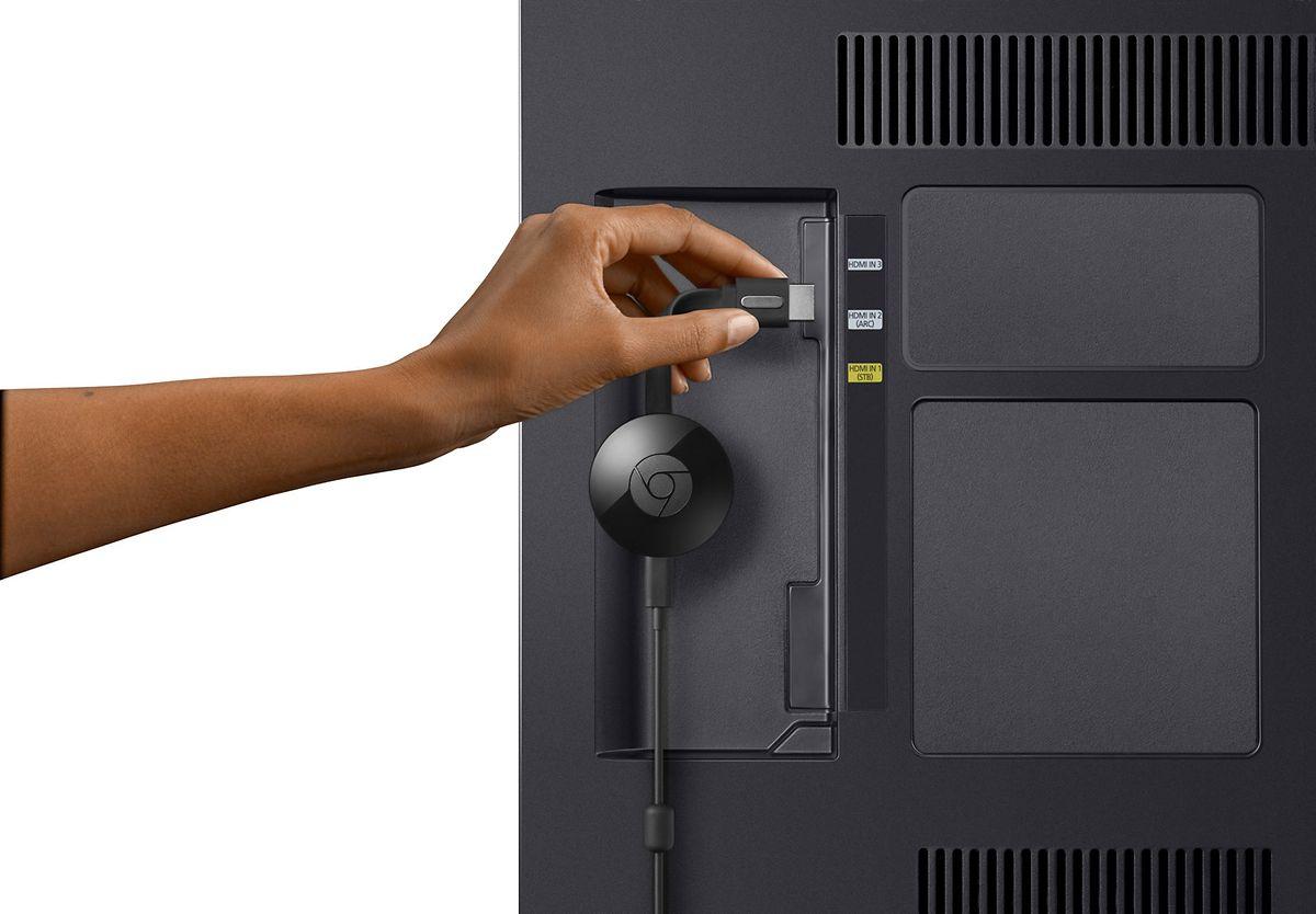 Googles Chromecast verleiht auch nicht ganz so smarten Fernsehern Zugang zu Streamingdiensten und Netzwerken.