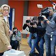 Herausforderin Anke Rehlinger bei der Stimmabgabe in ihrer Heimatgemeinde Nunkirchen.