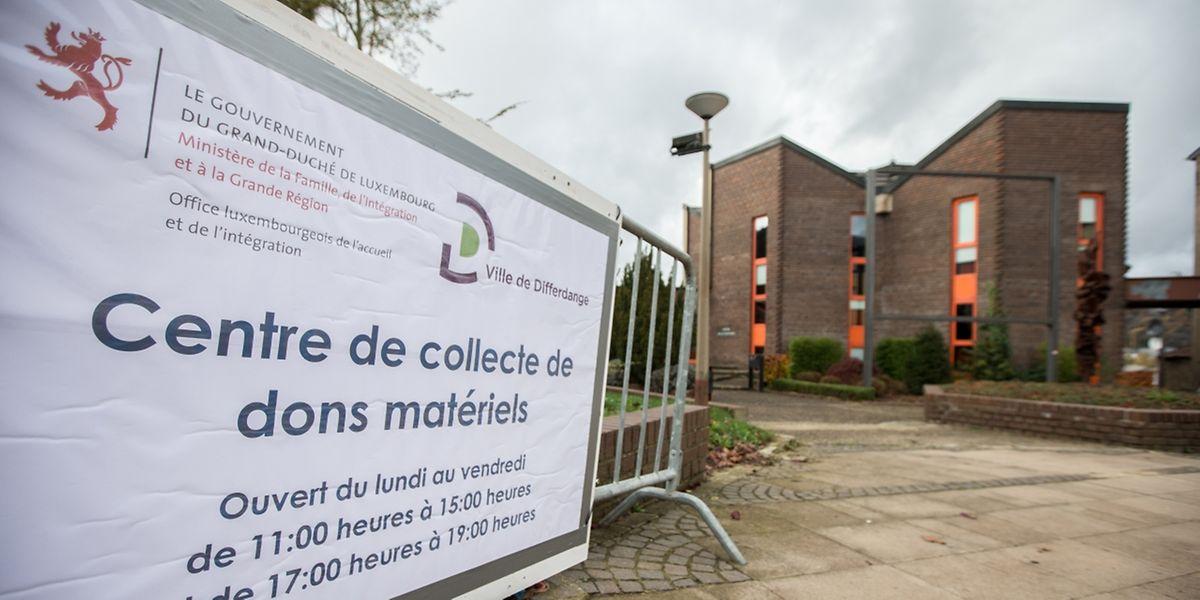 centre de collecte - Marcel Noppeney - réaménagement pour réfugiés - Differdange - 6.11.2015 - © claude piscitelli