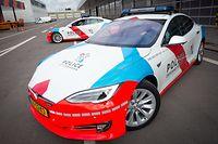 Police de la Route >> Foto 2 erste Tesla-Wagen luxembourg le 26.04.2018 ©Christophe Olinger