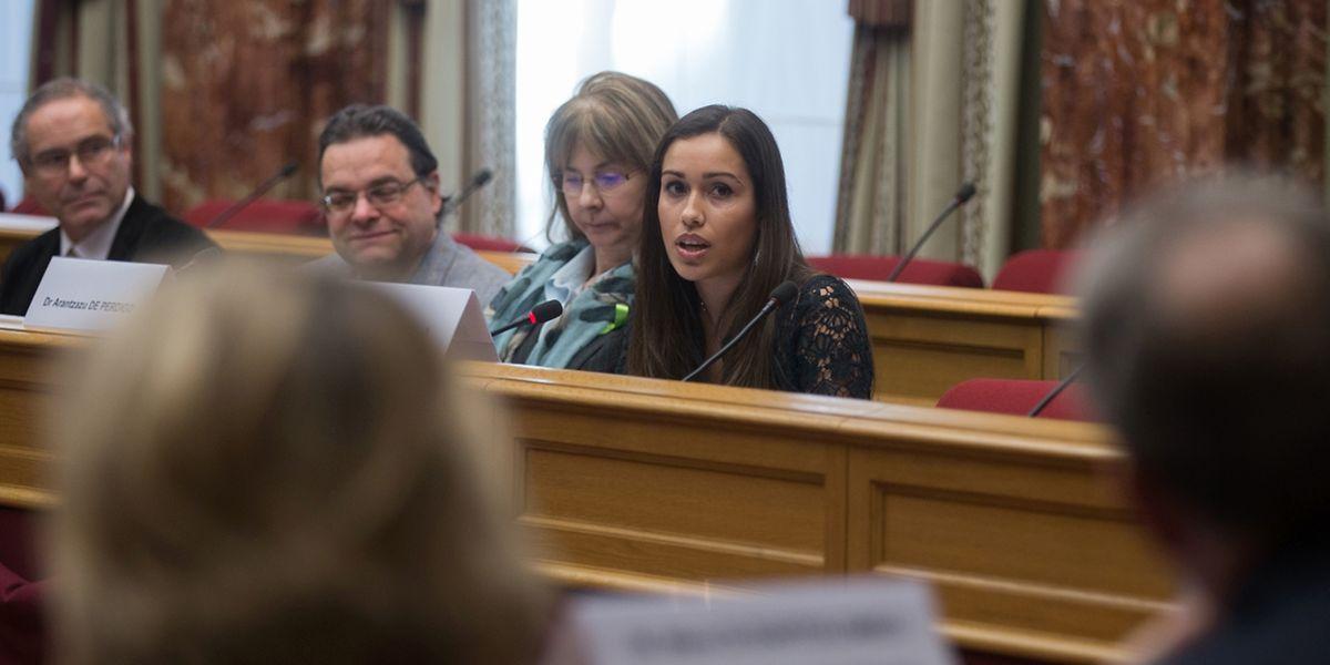 Face aux ministres et aux députés, Tania Silva ne s'est pas démontée: elle a porté la voix des malades jusqu'aux plus hautes instances de l'Etat