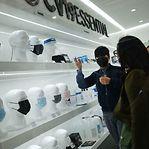 Fotos. Loja especializada em covid-19 abre em Nova Iorque