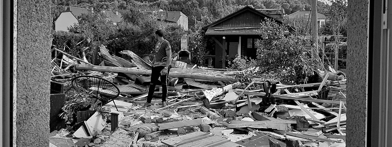 O telhado de casa dos Furtado voou e com ele uma vida de trabalho.