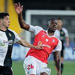 Sporting de Braga vence Farense com golo nos descontos