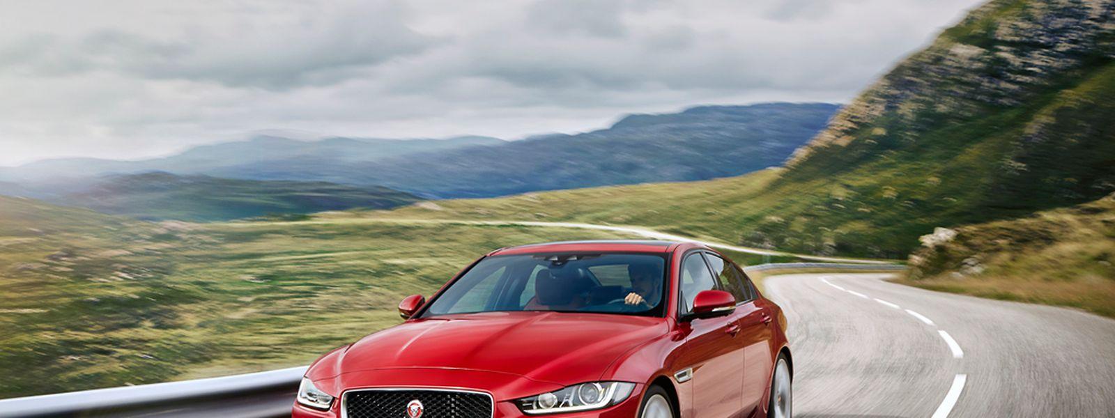 Der Jaguar XE reiht sich technisch und qualitativ auf Augenhöhe mit der deutschen Premium-Konkurrenz ein.