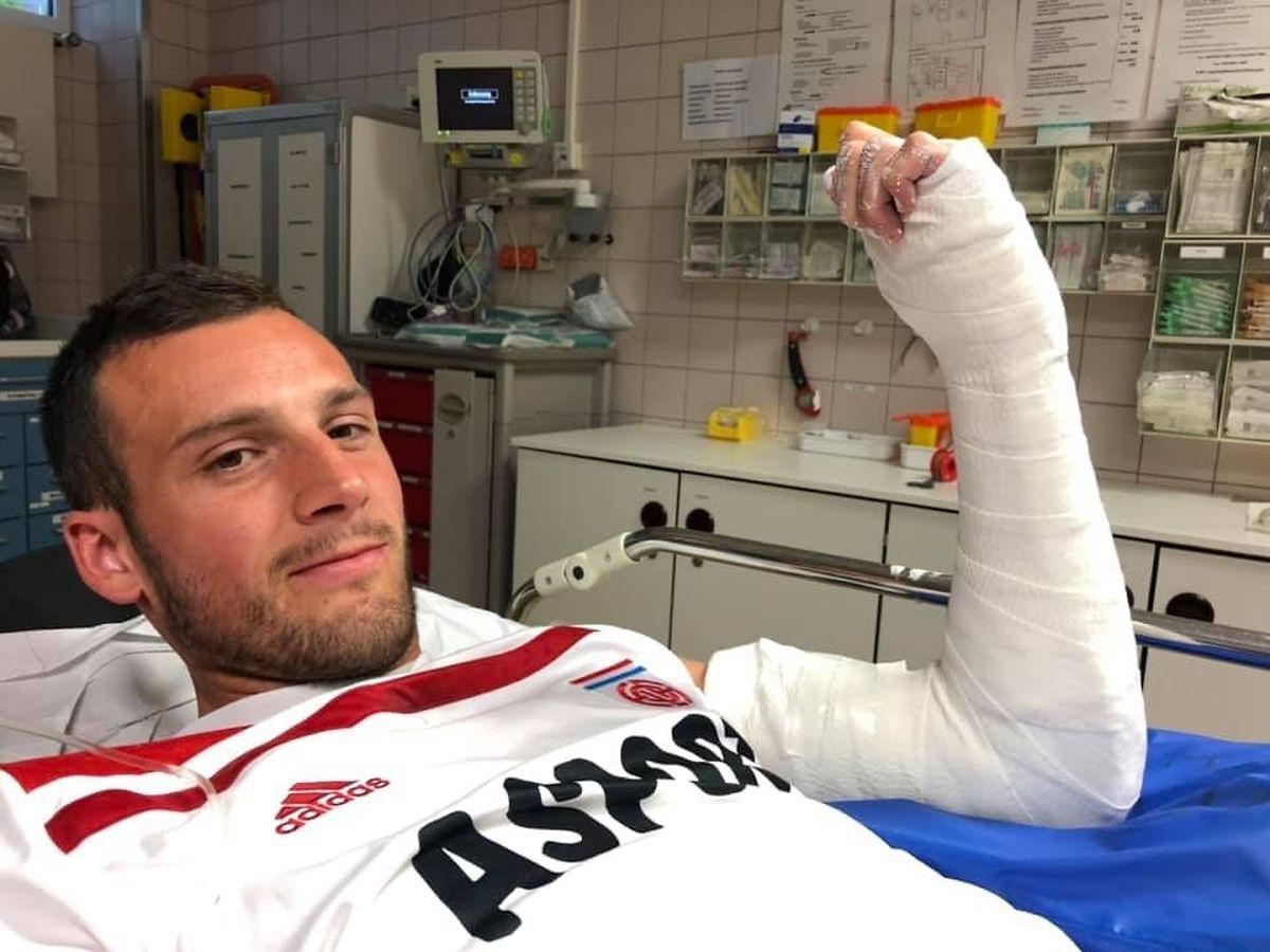 Stürmer Stefano Bensi muss am Ellenbogen operiert werden.