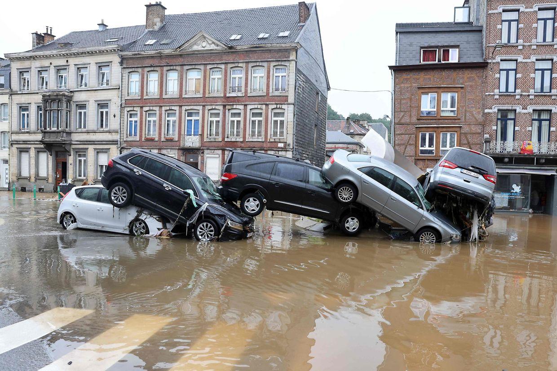 Vision surréaliste à Verviers, l'une des communes belges les plus impactées par les inondations.