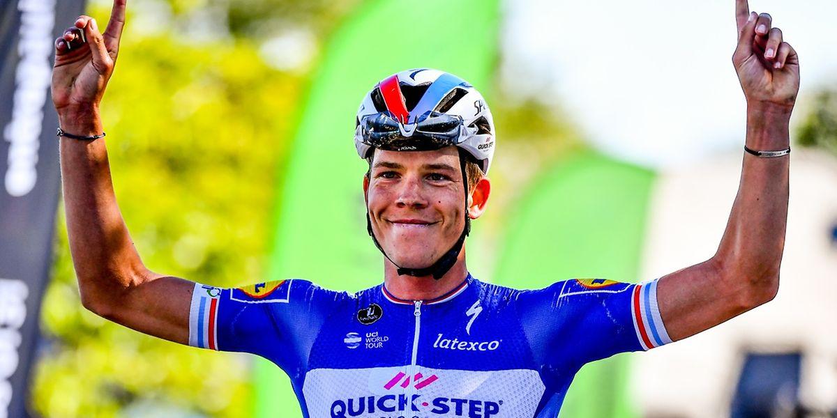Bob Jungels tout sourire. Le coureur de la Quick Step a gagné avec une avance colossale.