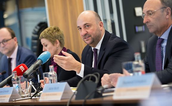 Economy Minister Etienne Schneider presented the new strategy on Tuesday.