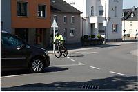 Rue des Romains Strassen Radfahrer Radweg 13 Fahrradweg Radpiste