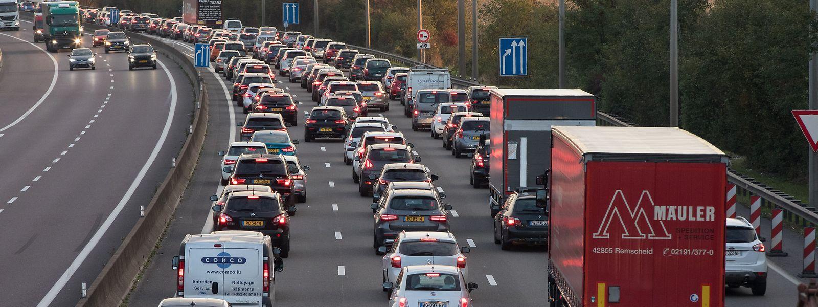 Nach der Datenerhebung fahren die Autofahrer im Großherzogtum durchschnittlich 65 Minuten pro Tag.