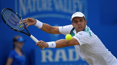 Tennis - Aegon Championships - Queen's Club, London, Britain - June 23, 2017   Luxembourg's Gilles Muller in action during his quarter final match against USA's Sam Querrey    Action Images via Reuters/Tony O'Brien