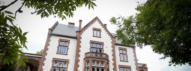 Im Rathaus in Rosport wird am 11. Mai über die Ehrenbürgerschaft entschieden.