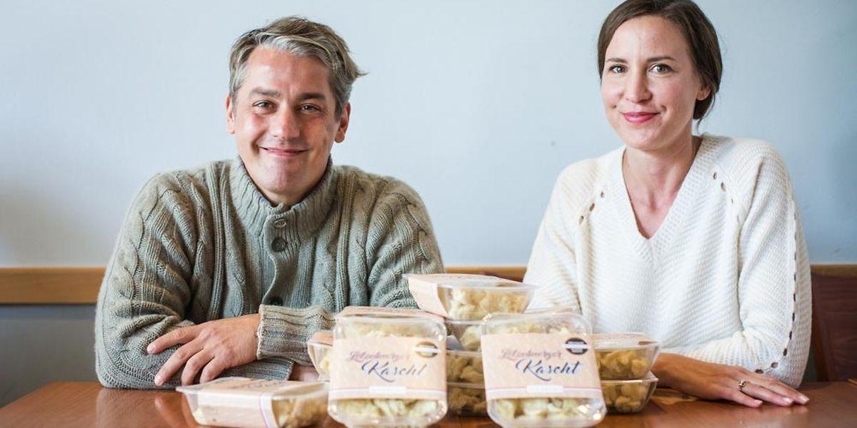 Steve Krack und Steffy Fisch haben ihre Idee in die Tat umgesetzt und liefern ihre Kniddelen seit Mitte letzten Jahres an den Lebensmittelhandel aus.