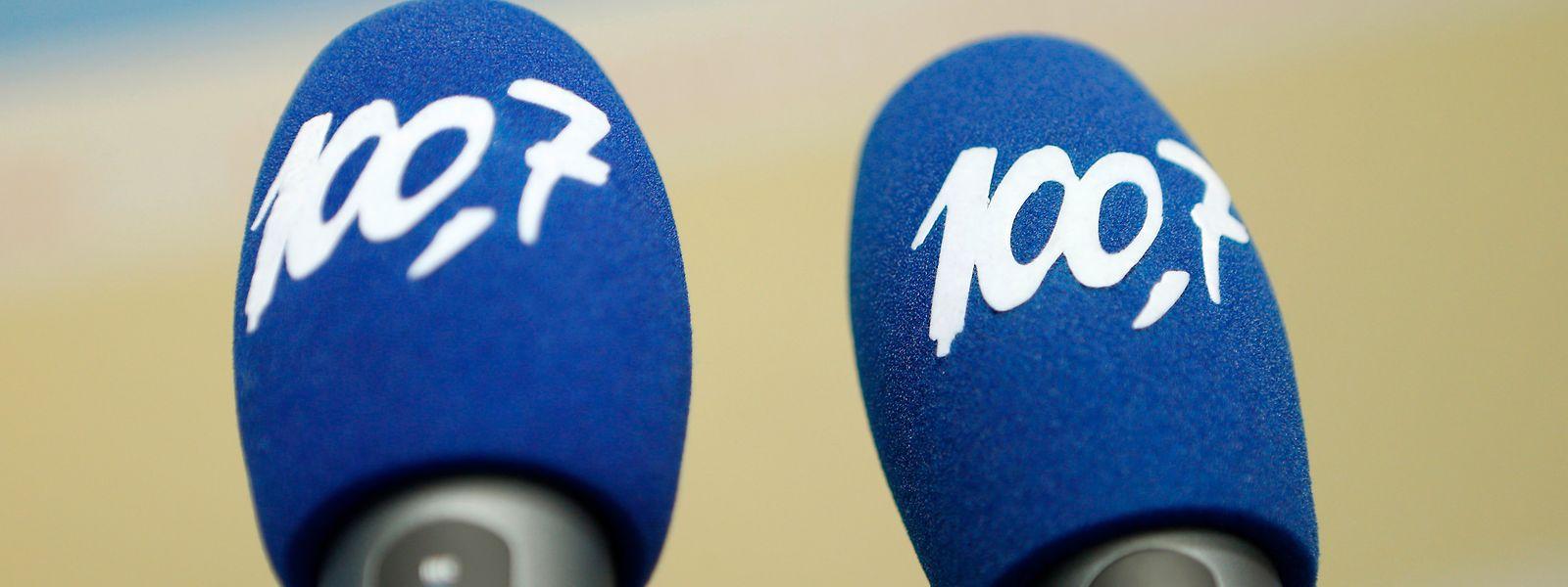 La radio 100.7 a pour mission d'informer, de former et de divertir tout en visant à fédérer la diversité de la société