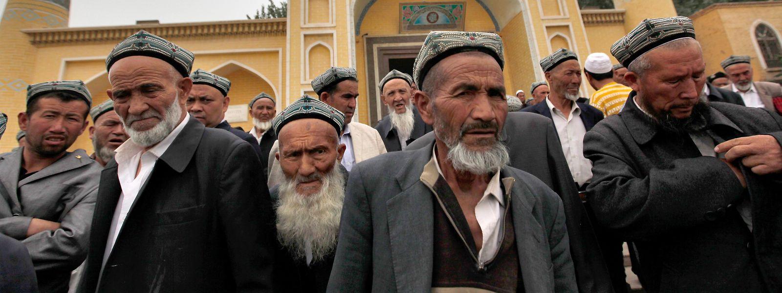 Die muslimische Minderheit der Uiguren wird systematisch verfolgt und in Umerziehungslager gesteckt.
