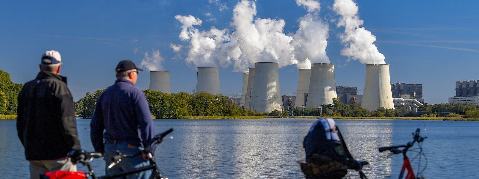 Die EU hat bisher international zugesagt, bis 2030 mindestens 40 Prozent weniger Treibhausgase in die Luft zu blasen als 1990.