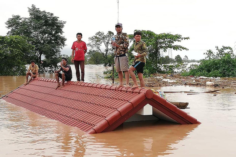Bilder, die von TV-Sendern ausgestrahlt wurden, zeigten ein komplett überflutetes Gebiet.
