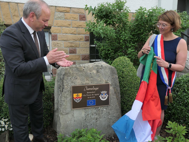 Os autarcas de Vila Pouca de Aguiar e de Bettendorf descerraram a placa que assinala o acordo de geminação.