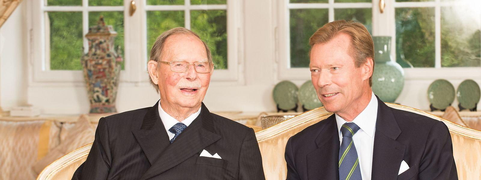 Le grand-duc Jean aux côtés du grand-duc Henri, son deuxième enfant
