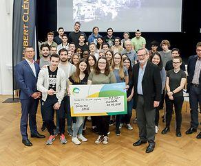 Lycée Hubert Clément : Remise d'un chèque Mathésnuecht 2017