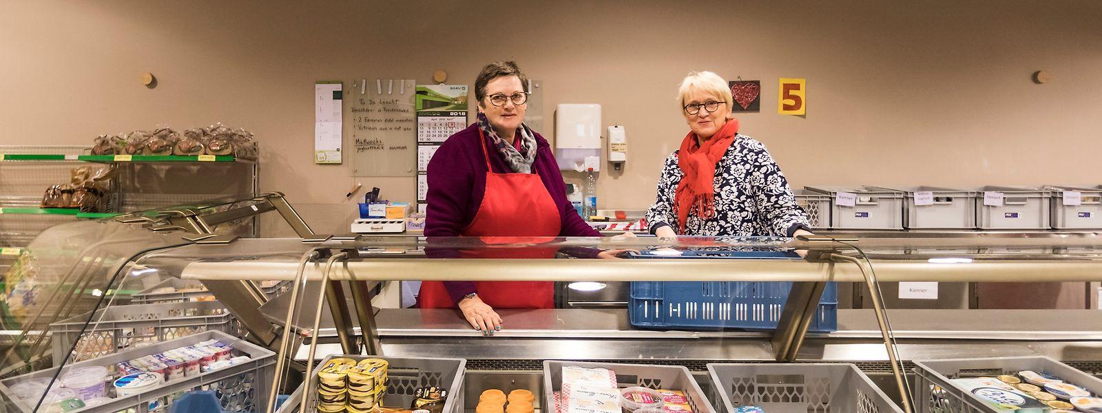 Rund 230 Freiwillige sind für Den Cent Buttek im Einsatz: Sie holen die Ware ab, sortieren diese und sind für den Verkauf verantwortlich.