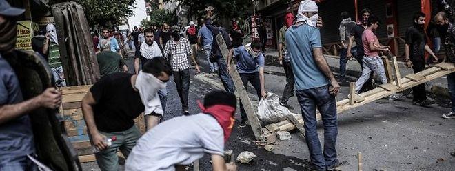 In Istanbul kam es zu Auseinandersetzungen zwischen Polizei und Demonstranten.
