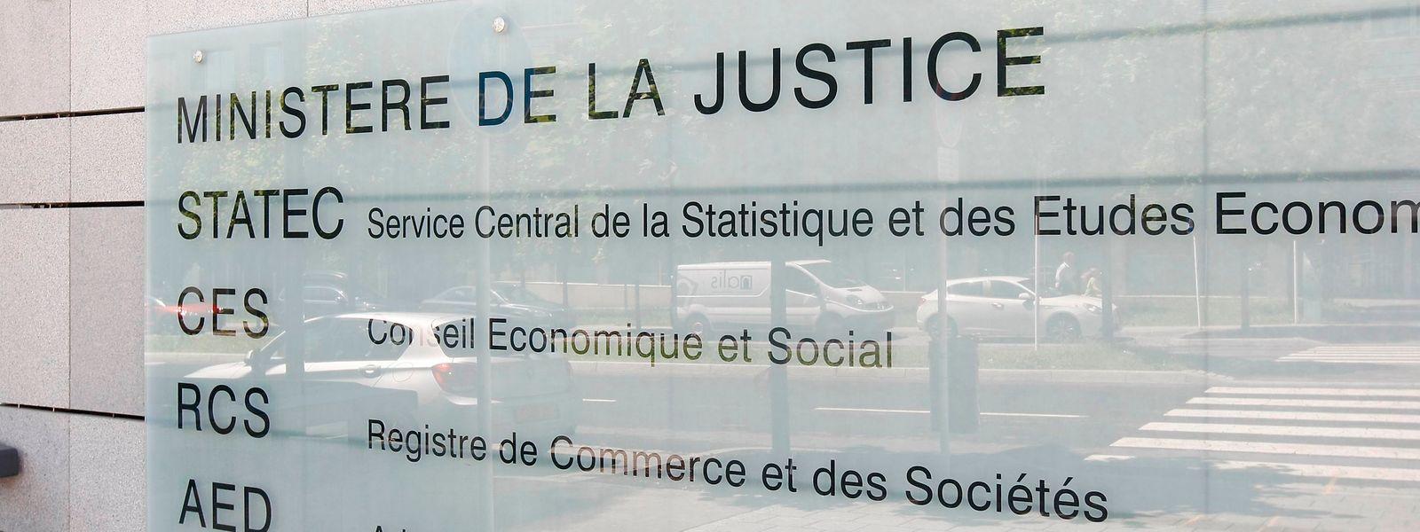 Face au faible engouement des entités enregistrées au Grand-Duché, un report a dû être concédé par le ministère de la Justice.
