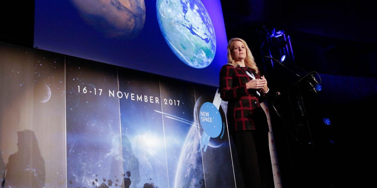 Elon Musk retenu à Cap Canaveral, c'est Gwynne Shotwell, sa directrice opérationnelle qui a assuré le service après-vente des projets martiens de Space X