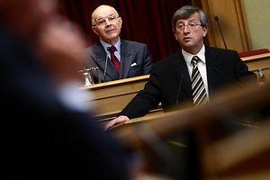 Der ehemalige Premierminister Jean-Claude Juncker verhalf dem Luxemburgischen im parlamentarischen Betrieb zum Durchbruch.