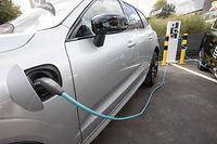 La mesure concerne les véhicules 100% électriques, ceux véhicules à pile à combustible fonctionnant à l'hydrogène et les véhicules hybrides rechargeables émettant moins de 50 grammes de CO2 par kilomètre