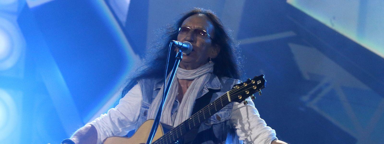 Ken Hensley, ehemaliger Keyboardspieler von Uriah Heep, während einem Konzert (undatierte Aufnahme).