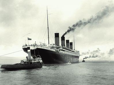Die Titanic vor dem Auslaufen.