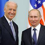 """Putin defende """"normalização"""" das relações com Estados Unidos"""