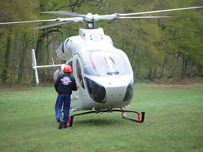 A Luxembourg Air Rescue helicopter was flown to the accident site.
