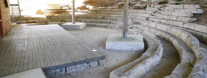 Das gallo-römische Theater wurde mit einer hölzernen Struktur überdacht.