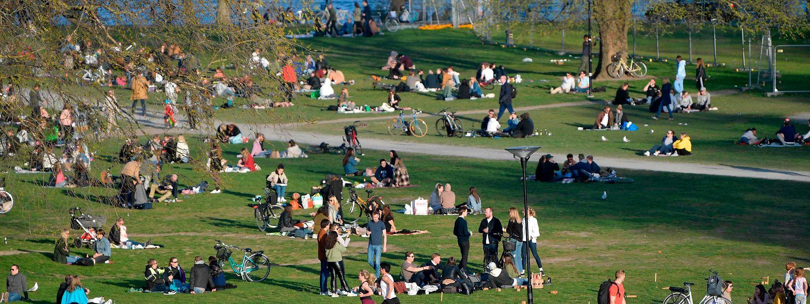 Schweden geht in Sachen Corona einen Sonderweg. Die Nachbarländer reagieren misstrauisch.