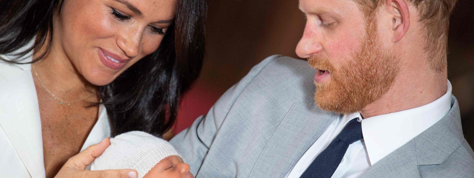 Archie Harrison Mountbatten-Windsor wurde der Presse am 8. Mai von seinen Eltern präsentiert.