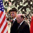 Le secrétaire américain au Commerce, Wilbur Ross était en visite samedi et ce dimanche à Pékin pour reprendre les négociations destinées à rééquilibrer les échanges bilatéraux.