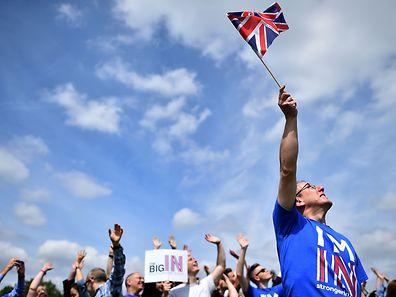 Eine offizielle Petition an das Parlament in London knackte am Samstagvormittag die Millionenmarke.
