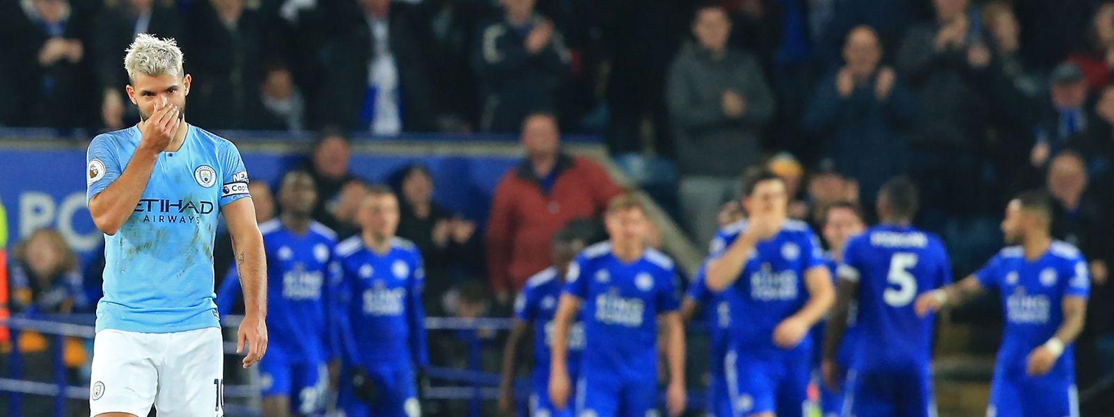 Sergio Aguero und Manchester City sind auf Rang drei abgerutscht.