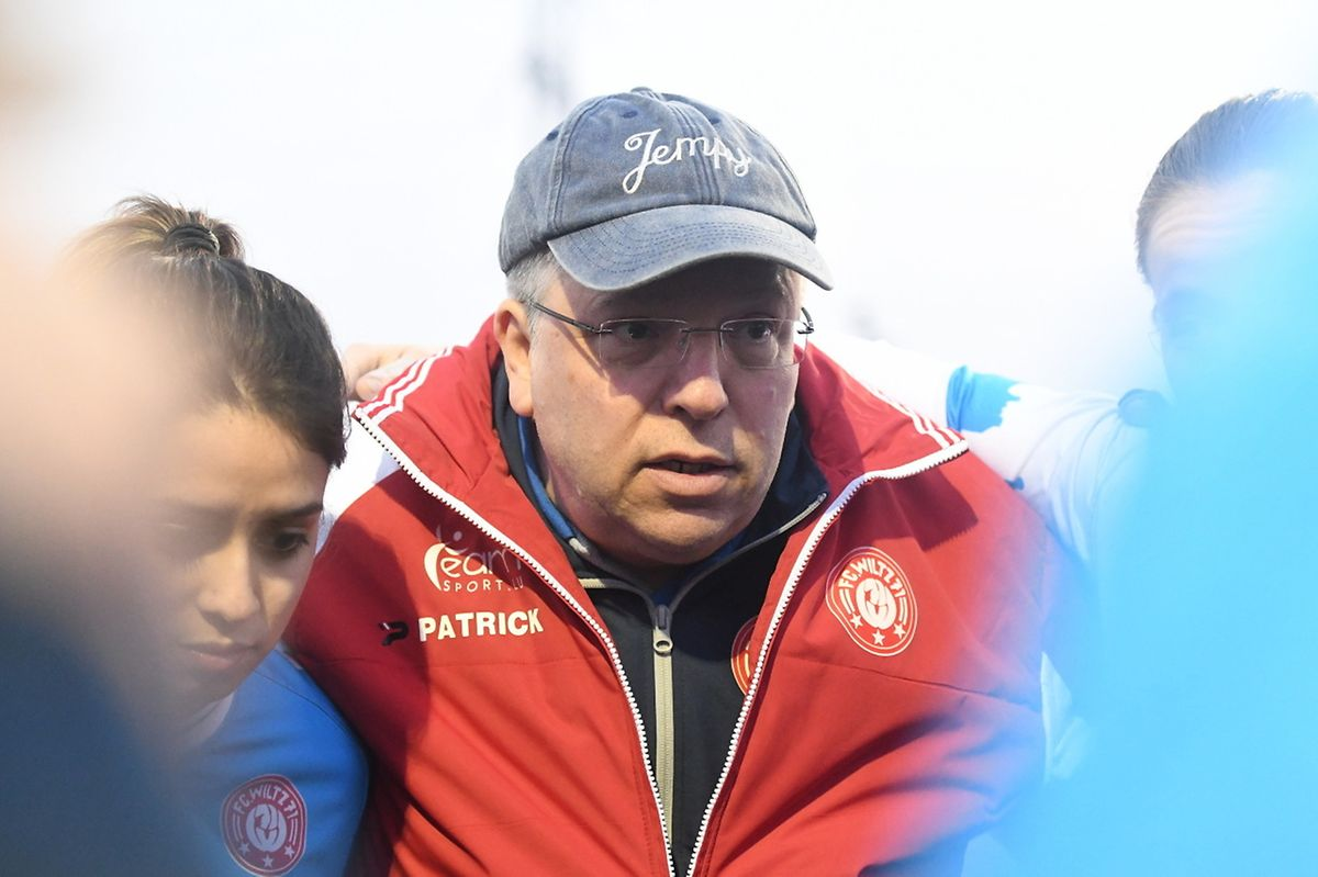 Jean-Pierre Nicolas, le coach du FC Wiltz, compose avec les moyens du bord.