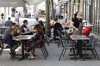 Lokales, Das Leben ist zurückgekehrt, Terrassen, Luxembourg stadt, foto: Chris Karaba/Luxemburger Wort